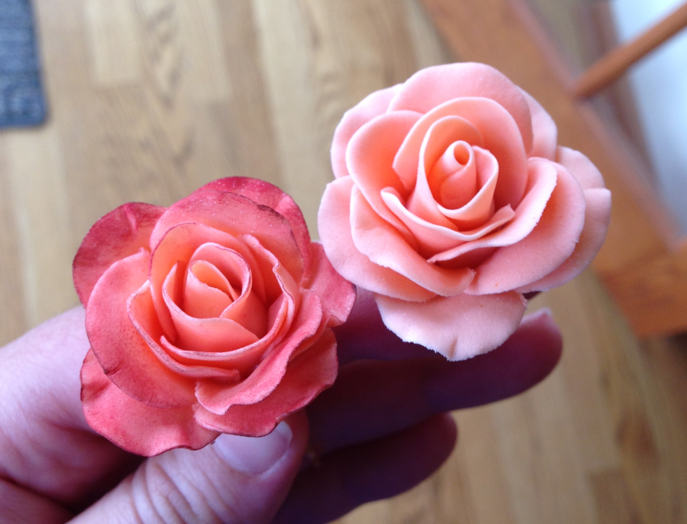 Gum Paste Flowers | Melodía