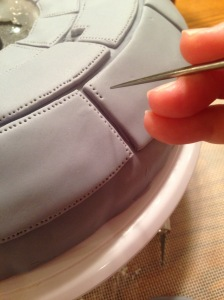 how to in process UFO cake fondant